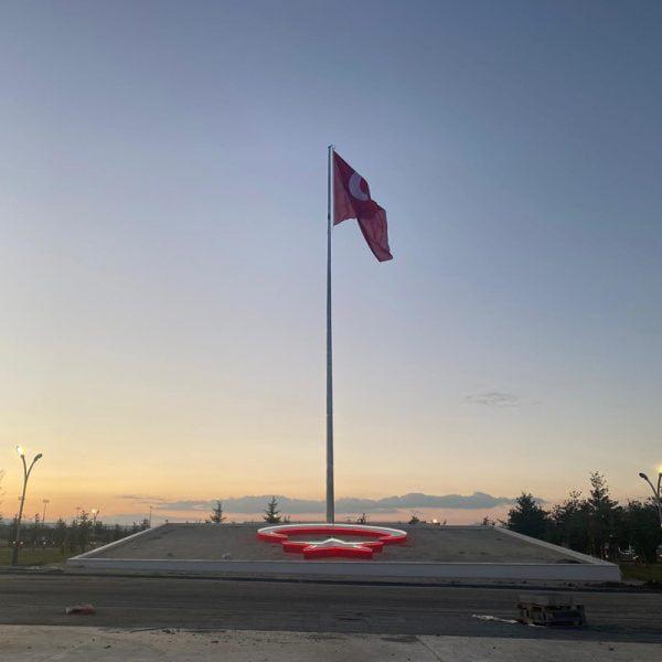 20 Metre Galvaniz Bayrak Direği